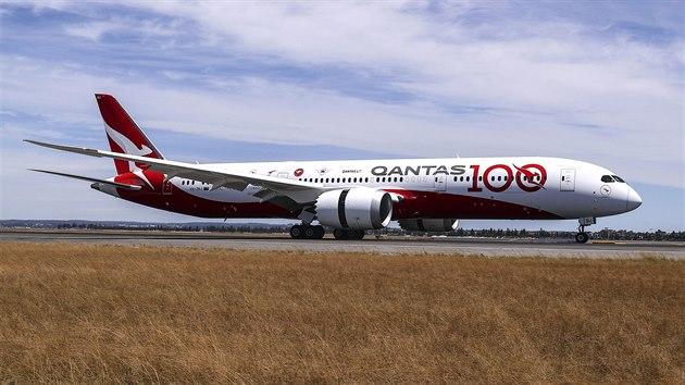 Boeing 787-9 Dreamliner při přistání v Sydney po nejdelším přímém letu v historii. (15. listopadu 2019)