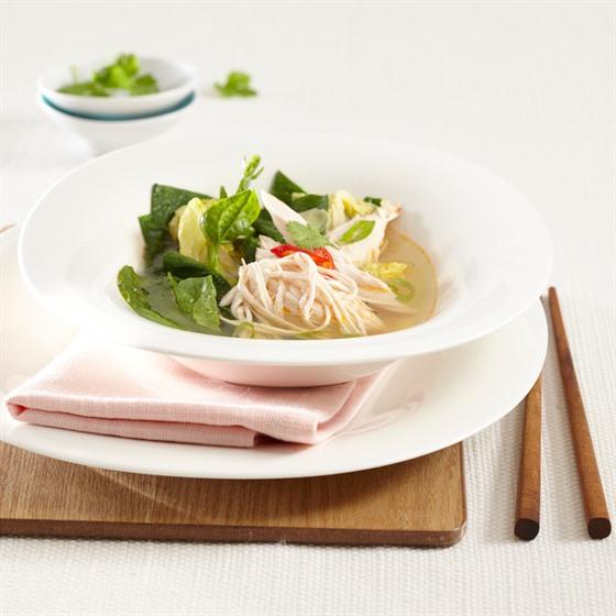 Asijská kuřecí polévka se zázvorem