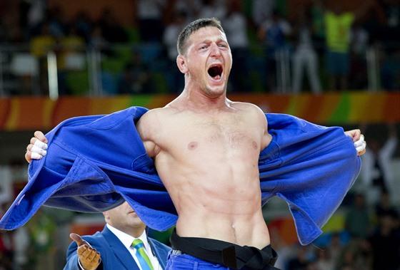 První olympijské zlato vybojoval Lukáš Krpálek v roce 2016 na hrách v Riu de...