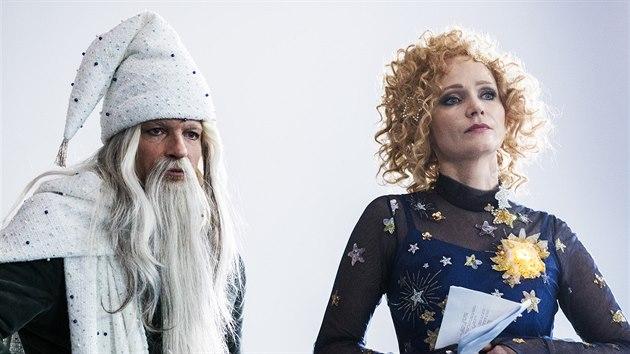 Matěj Hádek a Anna Geislerová při natáčení pohádky O vánoční hvězdě