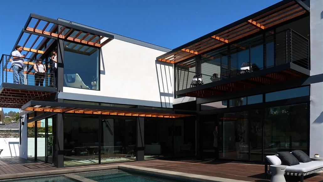 Domy z jeho modulů lze postavit za necelých 24 hodin. A levně
