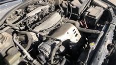 Dvacetiletı motor Toyoty Avensis