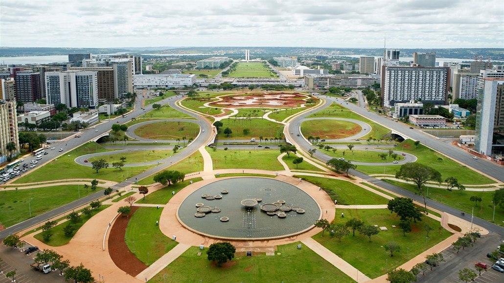 Brasília slaví 60 let. Úchvatné město postavil Kubitschek za tři roky