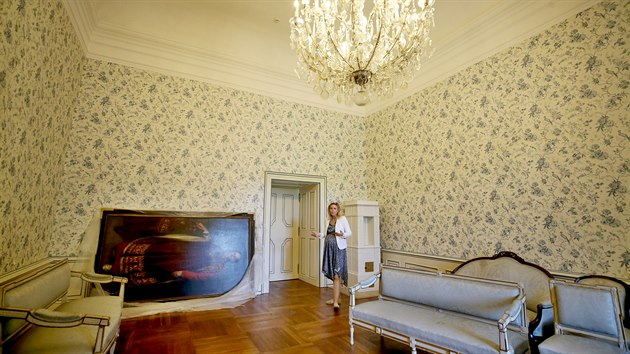 V poslední části druhého podlaží valtického zámku, která dosud nebyla zpřístupněna, se návštěvníci podívají do bytu Františka I. z Lichtensteinu - posledního knížete, jenž na zámku bydlel.