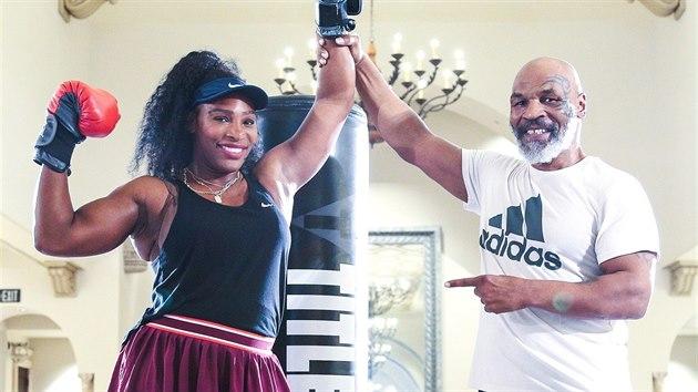 Dvě celebrity, Serena Williamsová a Mike Tyson