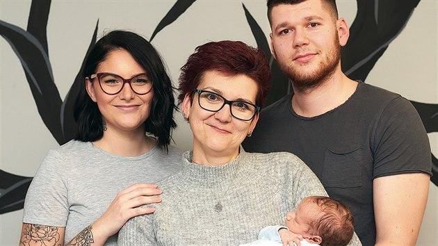 Milena je babičkou vnoučka Lukáška. Kdo by to do ní řekl?
