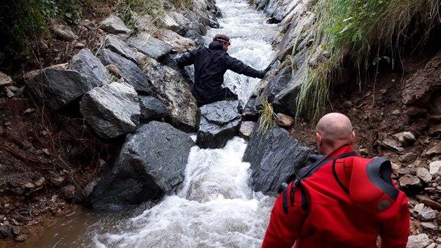 Ve středu 24. června 2020 bylo po šestnácti dnech ukončeno pátrání po čtyřiasedmdesátileté ženě, pod níž se při bleskovıch povodních v Oskavě na Šumpersku utrhl břeh rozvodněného potoka. Kynologové se speciálně vycvičenımi psy nalezli lidské tělo. S největší pravděpodobností se jedná právě o pohřešovanou seniorku.