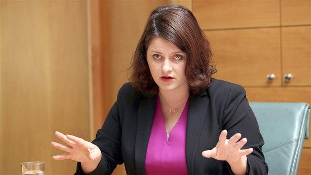 Ministryně práce a sociálních věcí Jana Maláčová při rozhovoru pro MF DNES (2. července 2020)