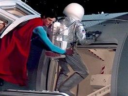 Ve filmu Superman 4 z roku 1987 si Jiří Stanislav zahrál zachráněného...