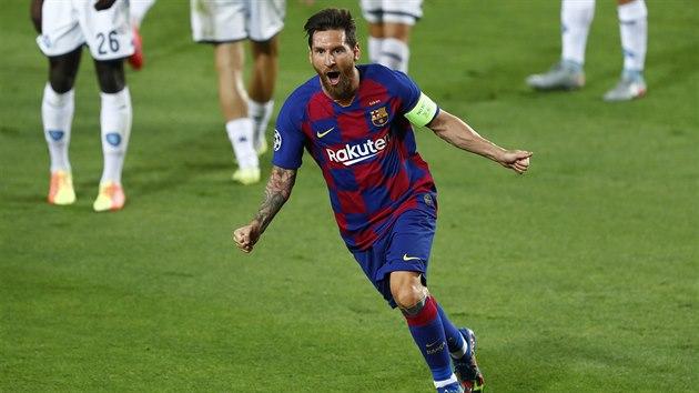 Lionel Messi z Barcelony se raduje z gólu.