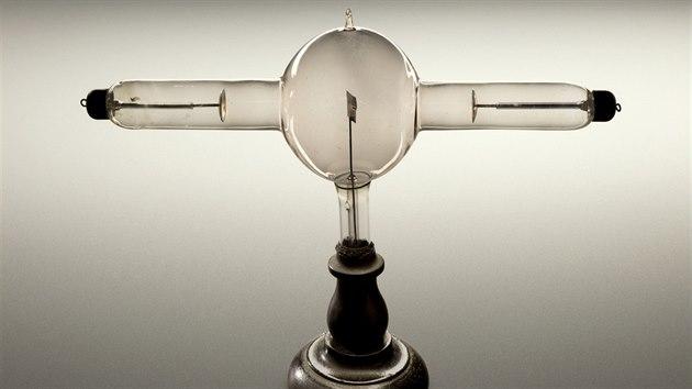 Rentgenová trubice z roku 1896