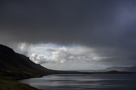 Po deštích zjišťujeme, jak je krajina na Islandu neuvěřitelná.