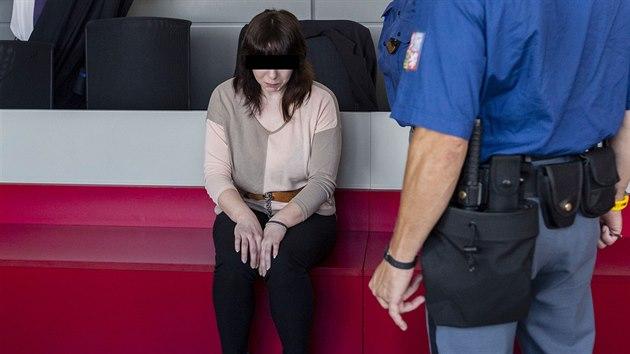 Olomouckı krajskı soud začal projednávat případ ženy, která je obžalovaná z vraždy své tříleté dcery. Čin se odehrál v Přerově.