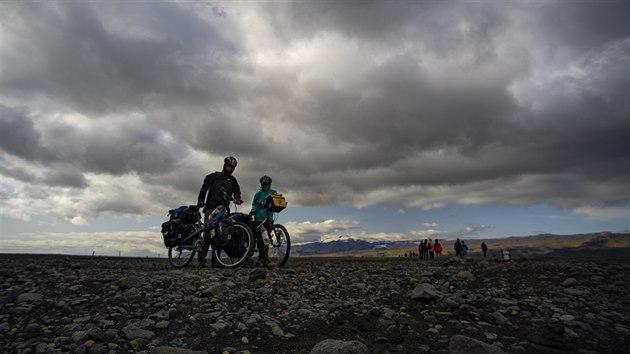 Svatební cesta trvala 28 dní a byla dlouhá 1 740 kilometrů, start i cíl: Island, letiště v Keflavíku.