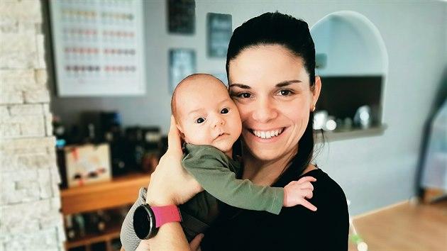 Radka je přímo vzorem mladé akční maminky, pro kterou je pohyb životní nutností.