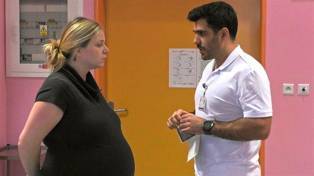 Ivana se těšila, že tentokrát bude rodit přirozeně, ovšem lékaři rozhodli, že i podruhé přijde její dítě na svět císařskım řezem.