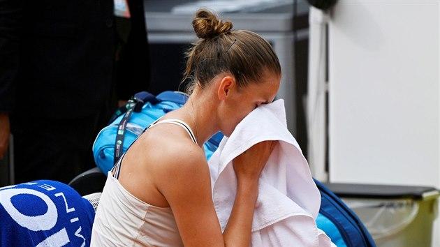 Karolína Plíšková byla nucena vzdát finále turnaje v Římě, potıkala se zdravotními problémy.