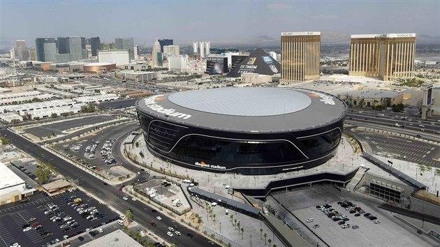 Celkovı pohled na Allegiant Stadium, domov Las Vegas Raiders