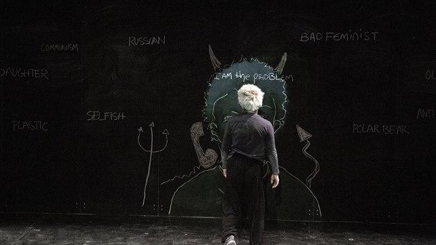 Záběr z divadelního projektu I Am the Problem