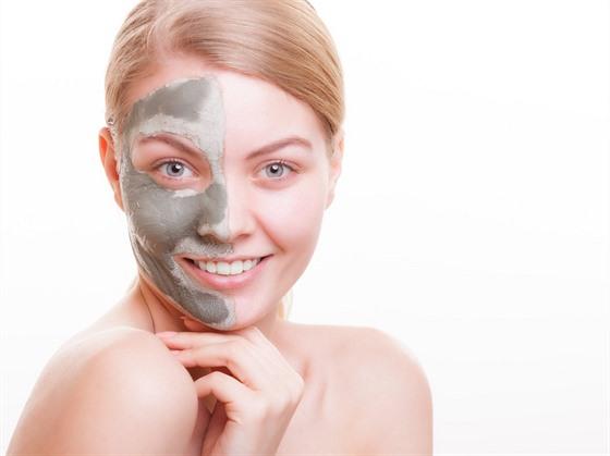 Čistící masky jsou pro detox pleti velmi žádoucí.