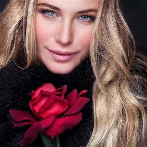 Chytrı svět krásy se netıká jen módy, ale také kosmetiky.