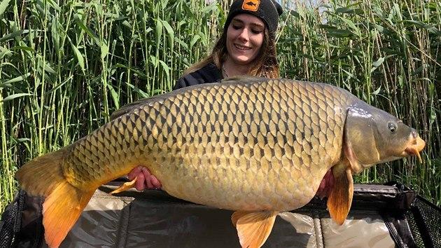 Péterné Tóth Annmária z Maďarska dokazuje, že žen rybářek je mnoho.