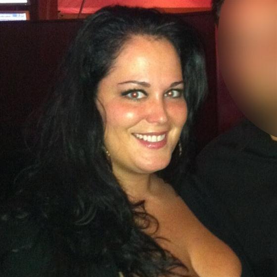 Rachel Layou před zpackanou operací. Její hmotnost se tehdy vyšplhala až na 165...