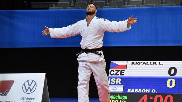 Lukáš Krpálek nastupuje do utkání v opravách s Orem Sassonem z Izraele.