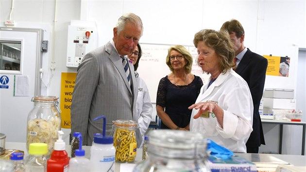 Princ Charles během návštěvy Millennium Seed Bank v anglickém Sussexu. Největší...