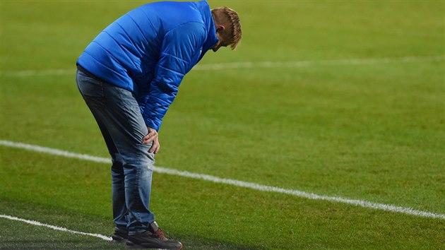 Teplickı trenér Stanislav Hejkal během zápasu proti Spartě, jeho poslední minuty v roli kouč Teplic.