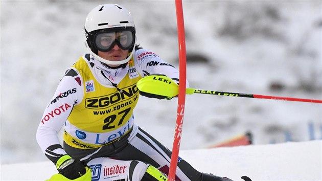 Martina Dubovská ve slalomu v Levi.