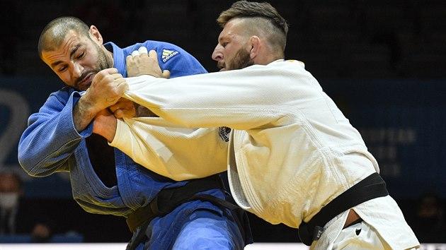 Českı judista Lukáš Krpálek (vpravo) v souboji o bronz ve váze nad 100 kg s Guramem Tušišvilim z Gruzie