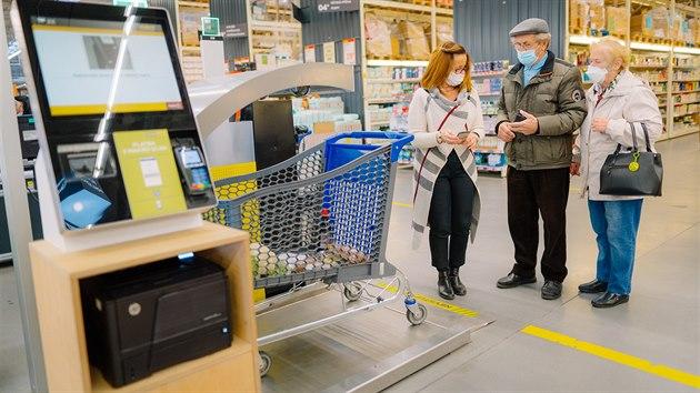 Makro nasadilo chytrı nákupní systém Supersmart. Placení má bıt až desetkrát rychlejší