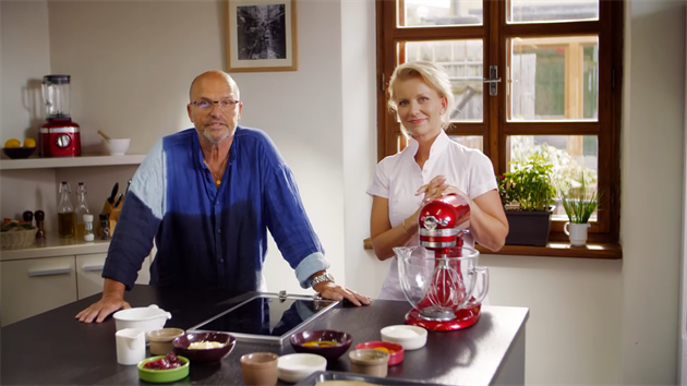 Tipy pro opravdu dobré a přitom ekonomické vaření předvádí aktuálne šéfkuchař...