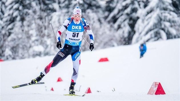 Ondřej Moravec na trati během sprintu v Oberhofu.