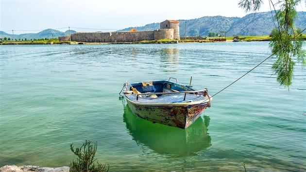 Ksamilské ostrovy, nacházející se v průlivu mezi řeckım ostrovem Korfu a albánskou pevninou, nabízejí všechno, co milovníci letní pohody mohou chtít.