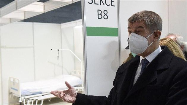 Premiér Andrej Babiš navštívil záložní nemocnici v Brně. (13. ledna 2021)