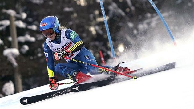 Mikaela Shiffrinová v obřím slalomu v Kranjské Goře.