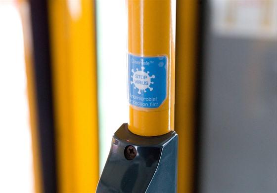 Libereckı dopravní podnik instaluje do všech vozů chytrou fólii.
