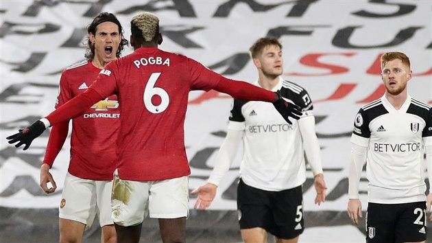 Edinson Cavani a Paul Pogba z Manchesteru United, střelci zápasu na Fulhamu, kde United vyhráli 2:1..