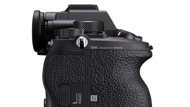 Plnoformátovı fotoaparát Sony A1