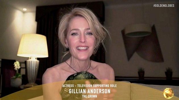 Gillian Andersonová získala Zlatı glóbus za ztvárnění Margareth Thatcherové v seriálu Koruna (28. února 2021).