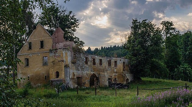 Zámeček v Kopaninách na Ašsku na snímku z roku 2010.