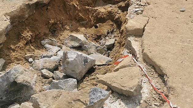 Dělníci při modernizaci dálnice D1 našli na 128. kilometru nedaleko Měřína nevybuchlou munici.