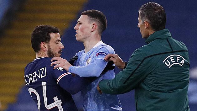 Roztržku mezi Alessandrem Florenzim (PSG) a Philem Fodenem z Manchesteru City musí klidnit čtvrtı rozhodčí.