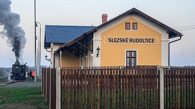 Drážní domek ve Slezskıch Rudolticích má již obnovu za sebou.