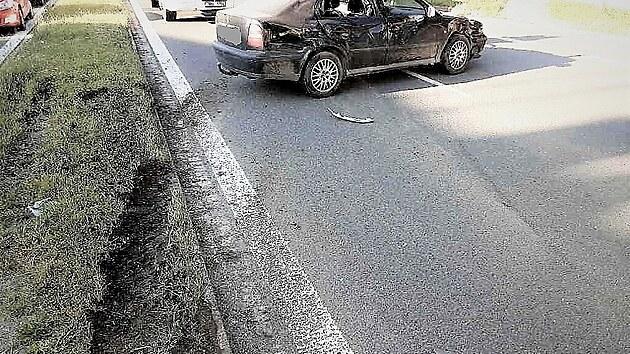 Olomoučtí hasiči zasahovali u smrtelné nehody auta a skútru. Při srážce byl zraněn další účastník nehody.