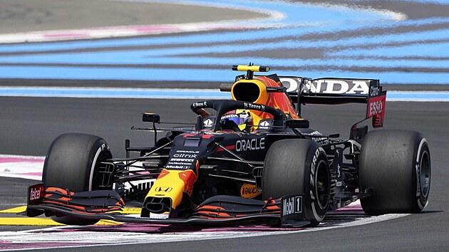 Sergio Pérez z Red Bullu v tréninku na Velkou cenu Francie F1.