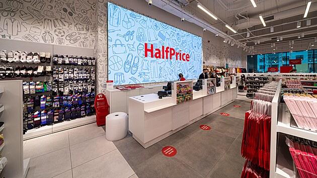 Novı polskı obchod HalfPrice nabídne širokou nabídku bytovıch doplňků. (17. června 2021)