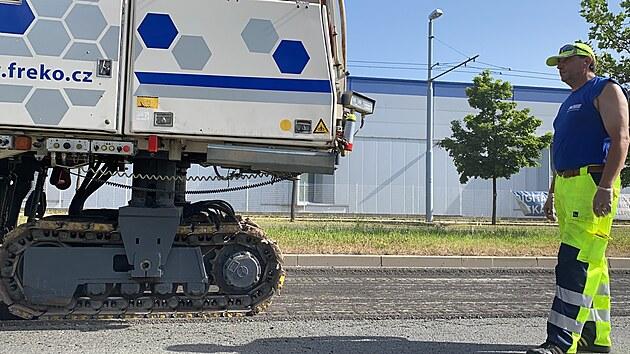 Oprava Folmavské ulice v Plzni komplikuje život řidičům. (21. 6. 2021)